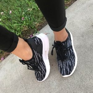 Shoes - Black Trendy Flytnit Style Sneakers✨